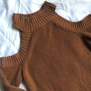 Abercrombie & Fitch Peek-a-boo shoulder knit dress